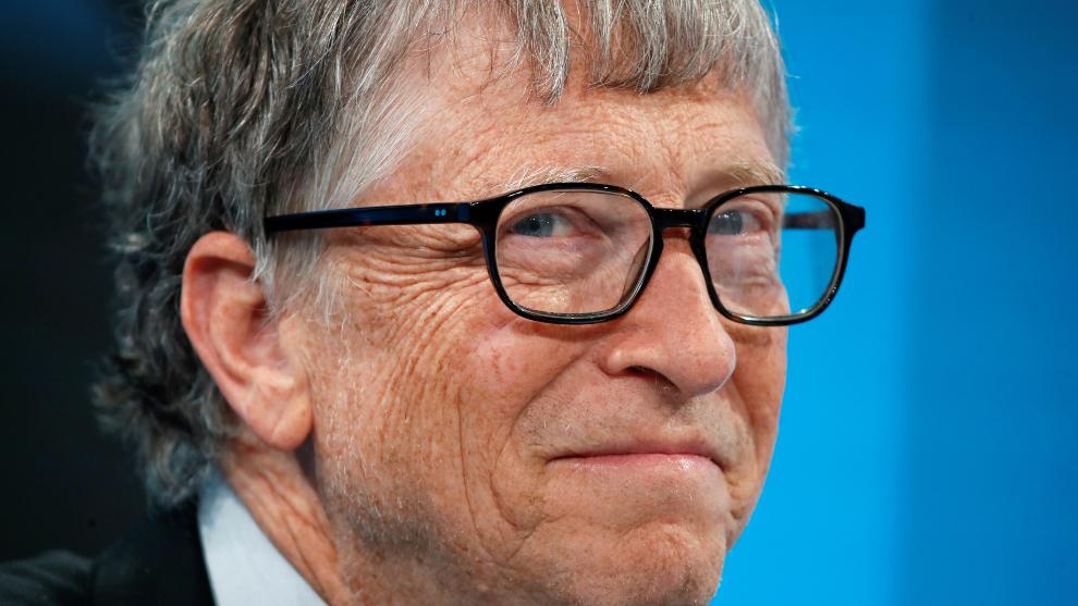 Bill Gates financia fábricas para producir posibles vacunas contra el...