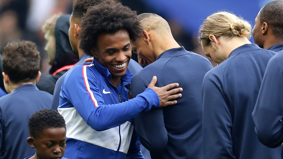 Willian cierra su etapa con el Chelsea de la Premier League.