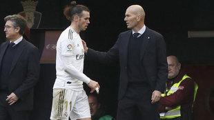 Gareth Bale y Zinedine Zidane, en el Sadar.