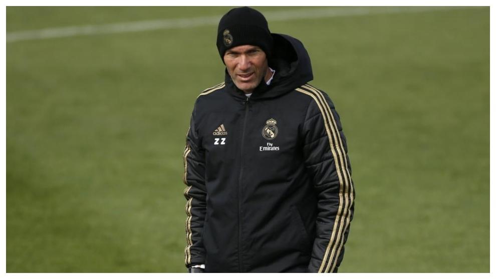 Zidane, en un entrenamiento en Valdebebas.