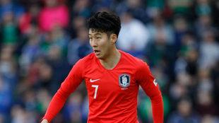 Heung-min Son, con Corea.