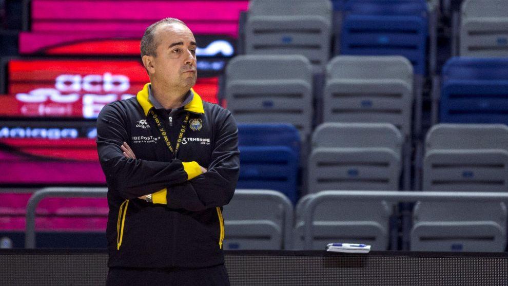 Txus Vidorreta, durante un entrenamiento de Ierostar Tenerife en la...
