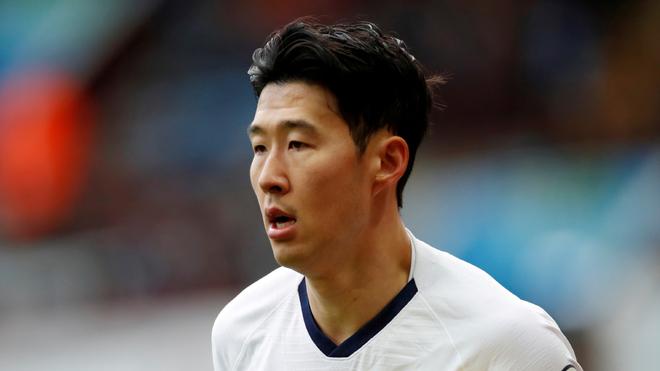 El Tottenham confirma que Son ya hace el servicio militar