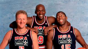 Bird, Jordan y Johnson con la selección americana en los Juegos...