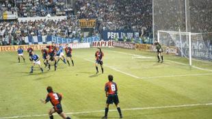 Primer partido del Real Oviedo en UEFA en el Carlos Tartiere.