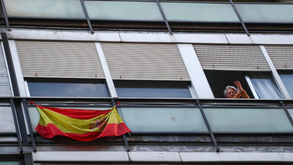 Gobierno anuncia que se repartirán 10 millones de mascarillas — España