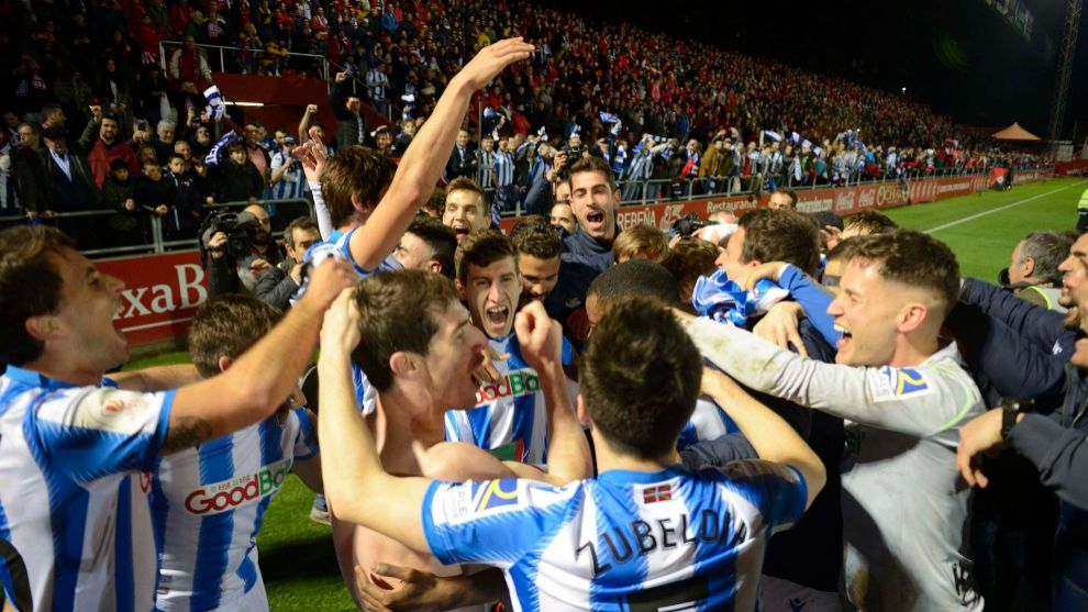Realistic players celebrate the pass to the final of the Copa del ...