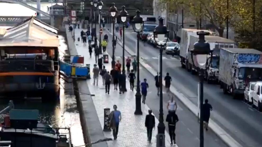 Coronavirus Francia: Atasco de runners en Paris a las 19:01 horas.