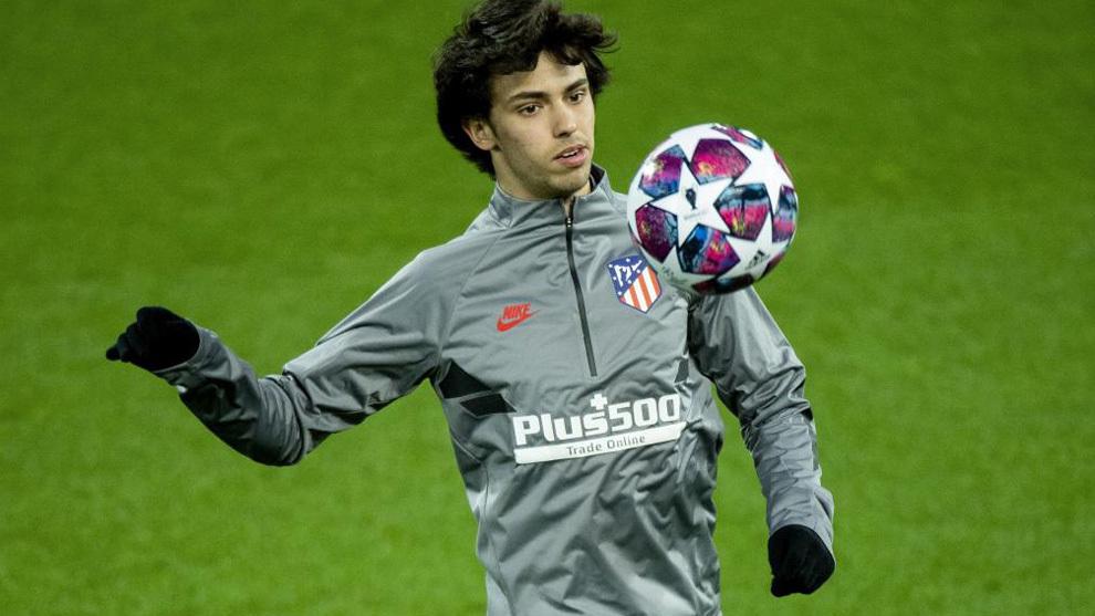 Joao Félix durante un entrenamiento con el Atlético.