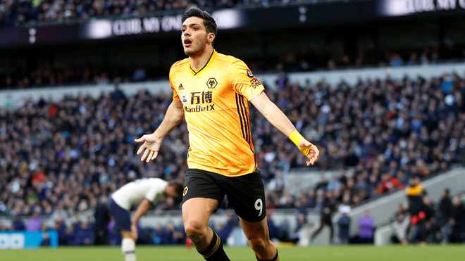 Raúl Jiménez podría abandonar al Wolverhampton.