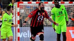 Imagen del partido entre el Barcelona y el Vardar en la Final Four de...