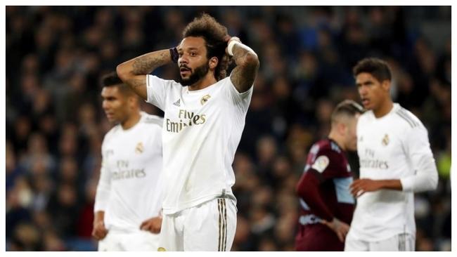 Marcelo se lamenta en el partido ante el Celta del Bernabéu de esta...