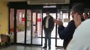 La sorpresa de un hospital a un taxista muy especial: hay gente que merece muchísimo la pena
