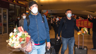 El técnico del Wuhan Zall, José González, a su llegada al...