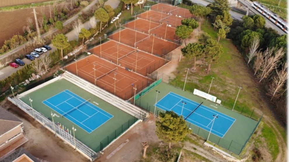 Una vista aérea de las pistas del Club de Tenis Mollet