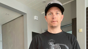 Kimi Raikkonen, confinado en su casa.