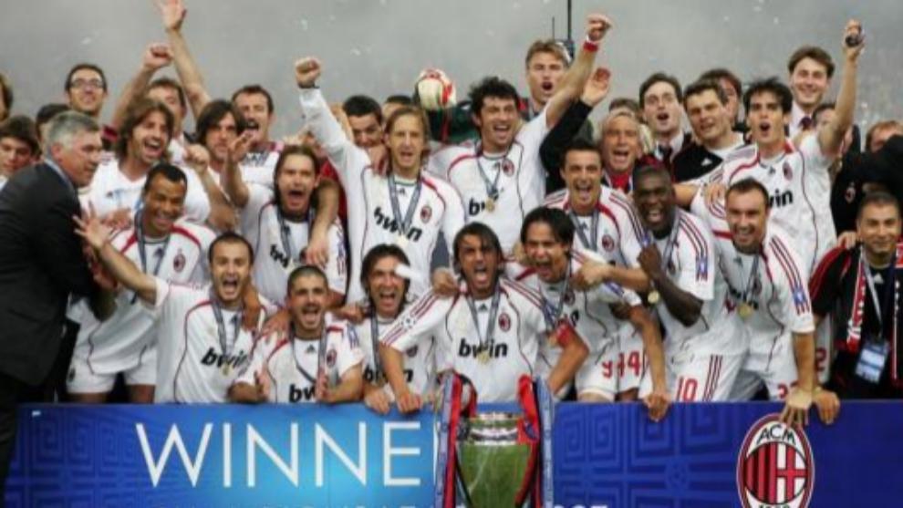 Los jugadores del AC Milan celebran la Champions de 2007.