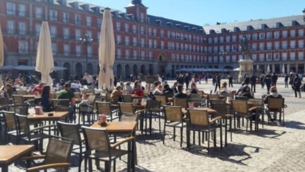 Desescalada Madrid El Desconfinamiento En Madrid Reapertura De Bares Con Mamparas Y Terrazas Ampliadas Marca Com