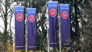 La UEFA quiere que los equipos se ganen su lugar en la Champions.
