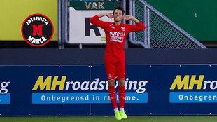 Espinosa celebra un gol con el Twente.