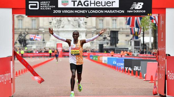 Eliud Kipchoge, ganador del maratón de Londres en 2019.