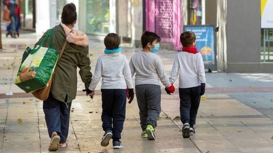 El paseo de niños y niñas se limita a los que haya cumplido 13 años