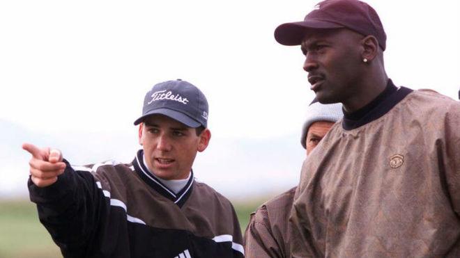 Sergio García y Michael Jordan en el Proam de la Dunhill Cup.