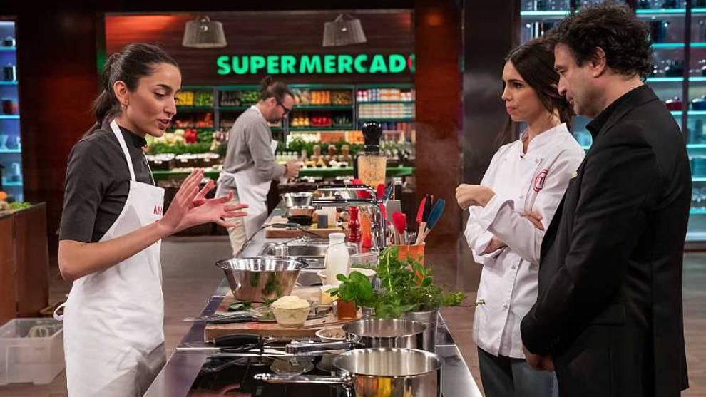 Murcia, Elena Furiase y el pollo a ciegas protagonistas de la gala 3...