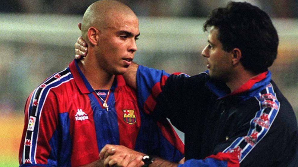 Ronaldo y Mourinho, en su época en el Barça.