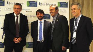 Michael Robinson, el doctor Belda, Seve Ballesteros y el doctor Alba.