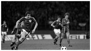 Michael Robinson con la selección de Irlanda,