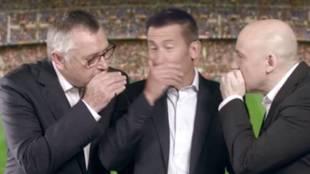 Michael Robinson, Carlos Martínez y Julio Maldonado 'Maldini', en una...