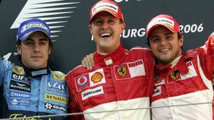 Alonso, Massa y Schumacher, en el podio del GP de Europa 2006.