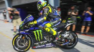 Rossi, en los test de este invierno con Yamaha.