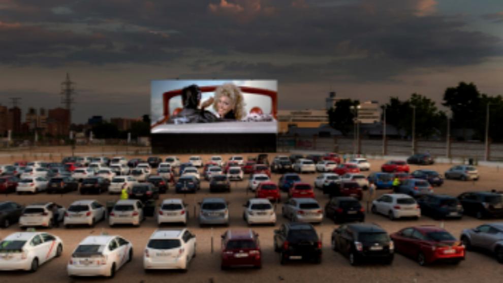 Autocines: ¿la forma más segura de ver una película en la ...
