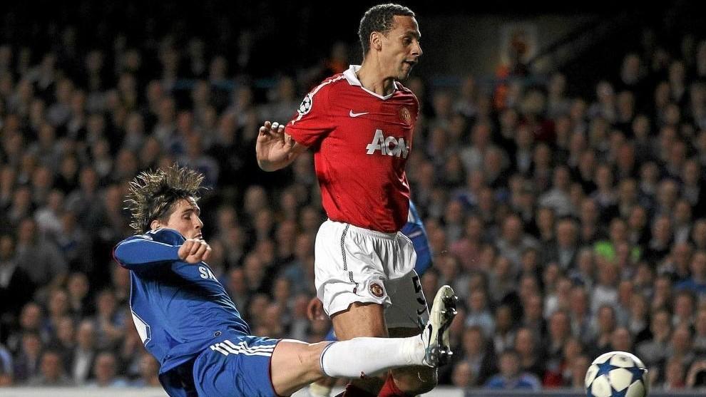 Torres remata en presencia de Ferdinand.