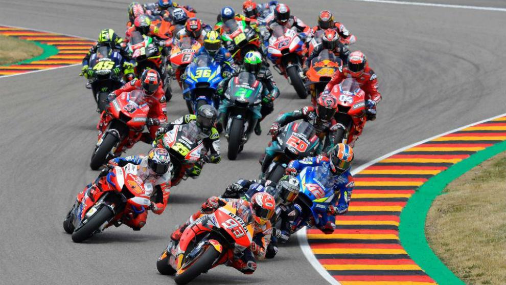 ¿Por qué llevan ese número los pilotos de MotoGP?