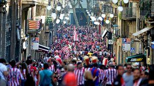 Aficionados del Athletic, en la última final de Copa jugada en...
