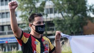 Omar Bravo durante las protestas de Leones Negros