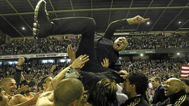 Mourinho at San Mames after winning LaLiga in 2011/12