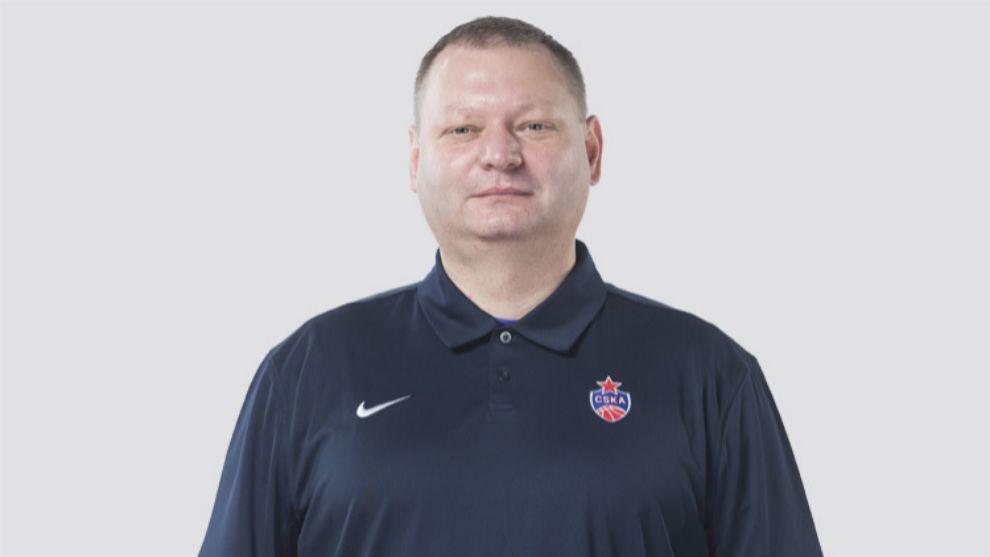 Roman Abzhelilov, médico del CSKA.