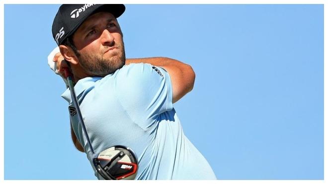 Jon Rahm juega el driver en un torneo del PGA Tour