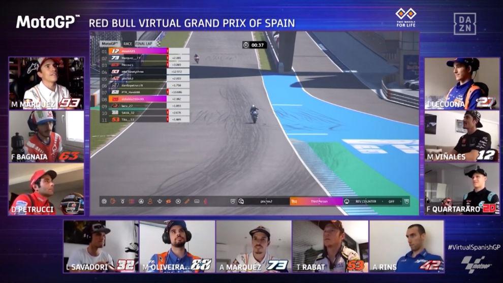 Final de la carrera virtual de MotoGP.