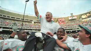 El ex entrenador Don Shula falleció a las edad de 90 años.