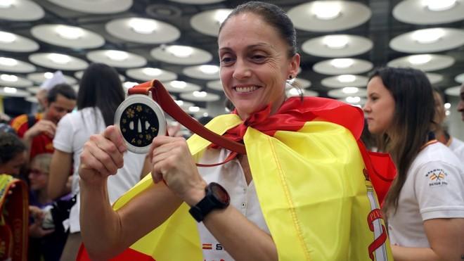 Silvia Navarro, a su regreso del Mundial 2019 en el que España ganó...