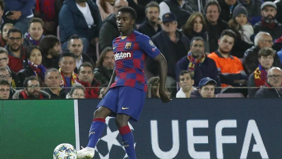 Official: Moussa Wague returns to Barcelona