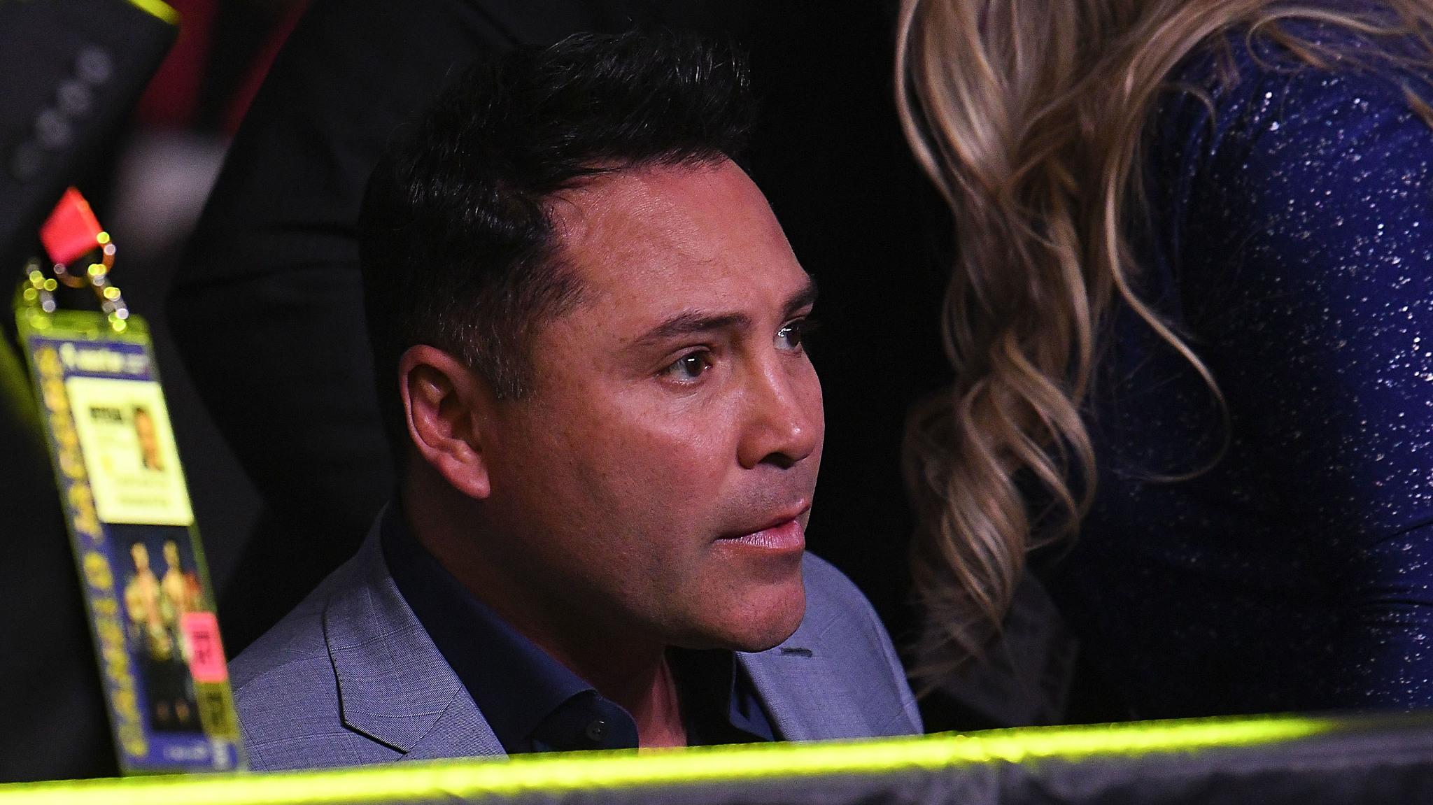 De la Hoya habla sobre las condiciones de McGregor en el boxeo