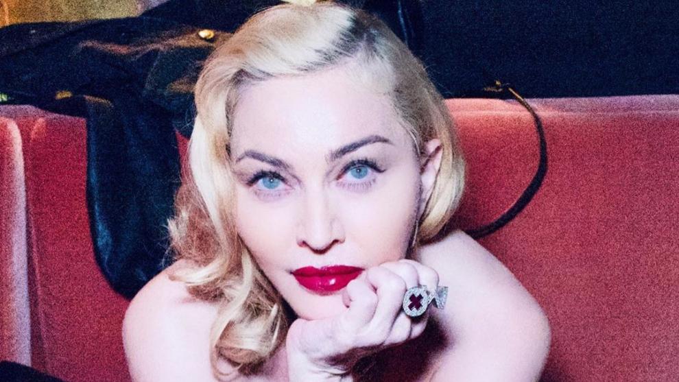 Madonna confiesa que contrajo coronavirus en su gira por Europa.