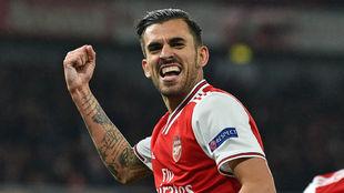 Dani Ceballos celebra un gol con el Arsenal.
