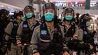 Policías en Hong Kong.